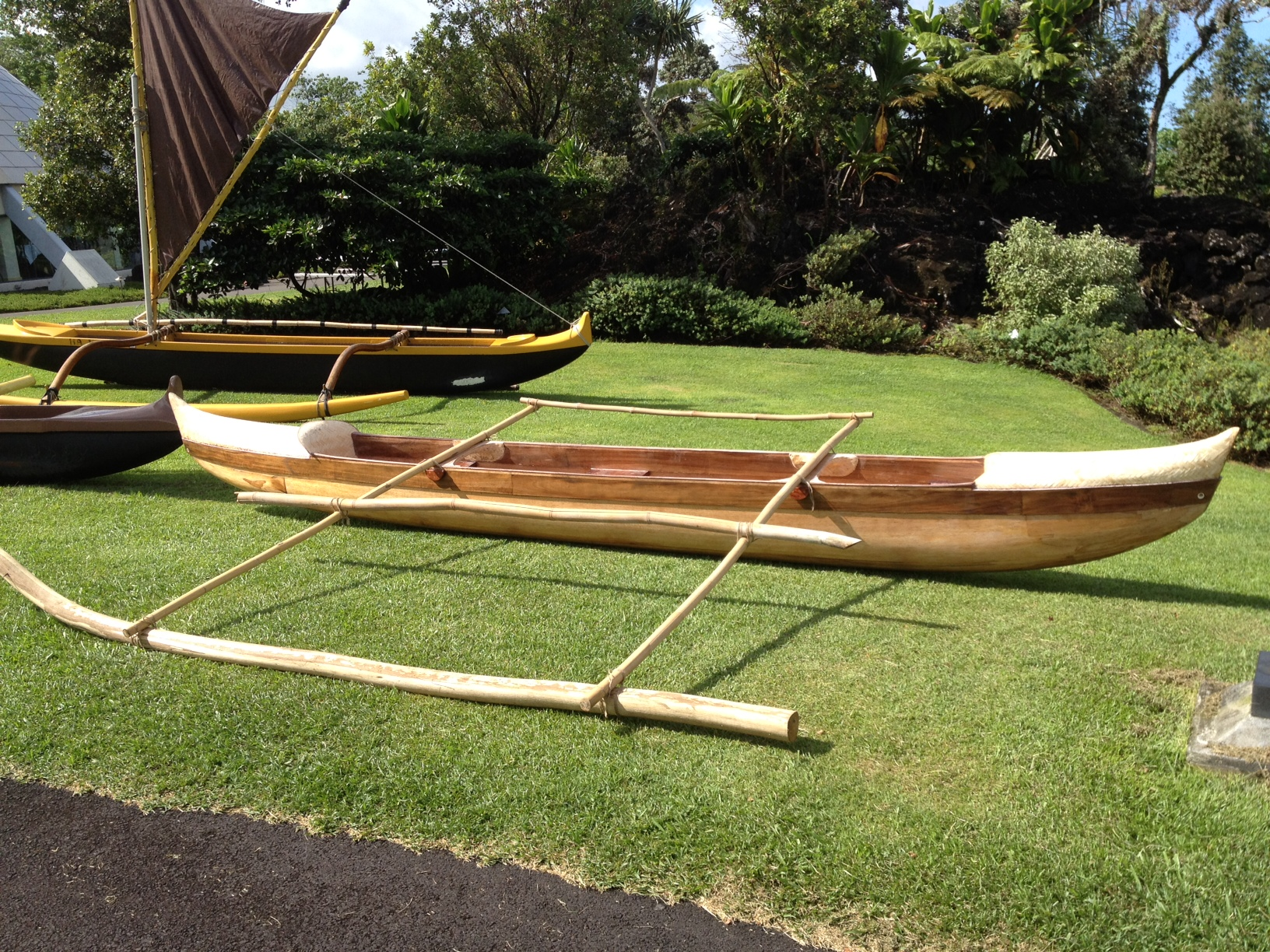 Imiloa canoe